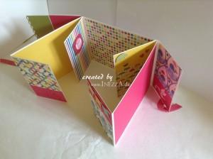 Babyglück ein Mini-Fotoalbum zur Geburt