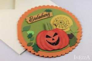 Runde Einladungskarte zu Halloween – mit Anleitung